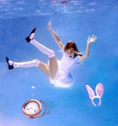 Alice in Waterland_Elena Kalis 2