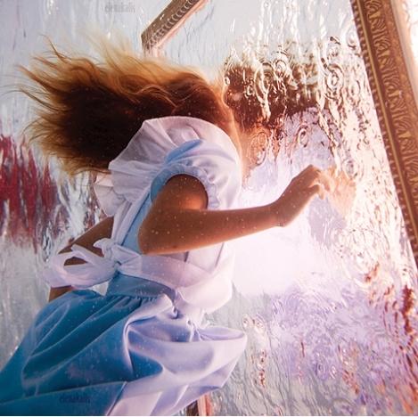 Alice in Waterland_Elena Kalis 6