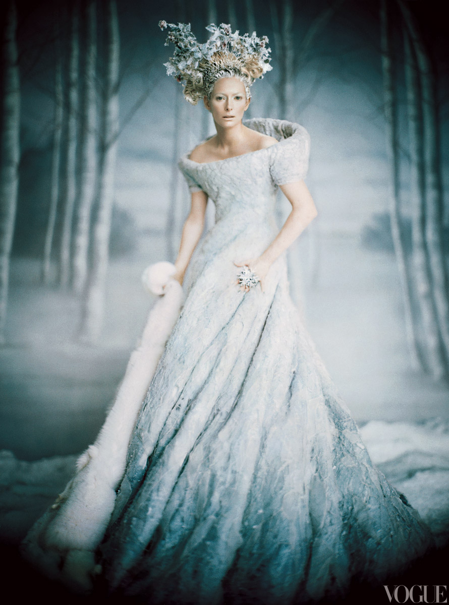 https://circulador.files.wordpress.com/2012/04/fairy-tales-2005-12-paolo-roversi_173850199767.jpg