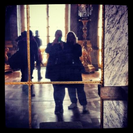e a famosa sala de espelhos