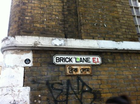 Brick Lane: comidinhas, pubs, roupas, tudo, tudo, tudo